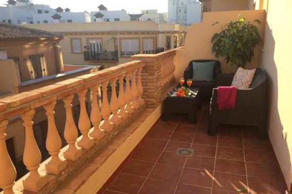 Life Apartments Alameda Colon - 21