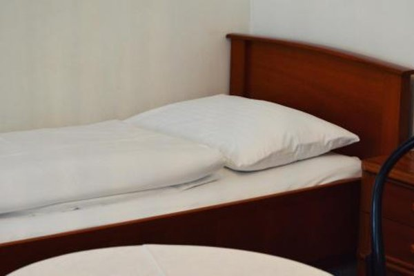 Hotel Pension Lumes - фото 8