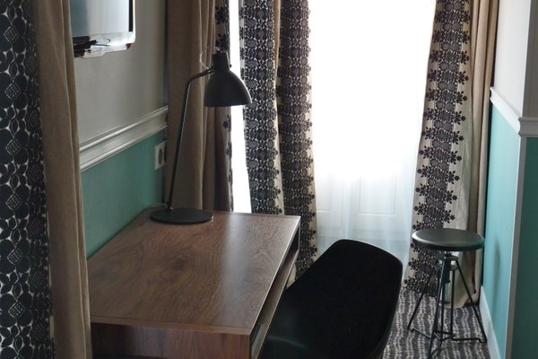 Hotel des 3 Poussins - 12