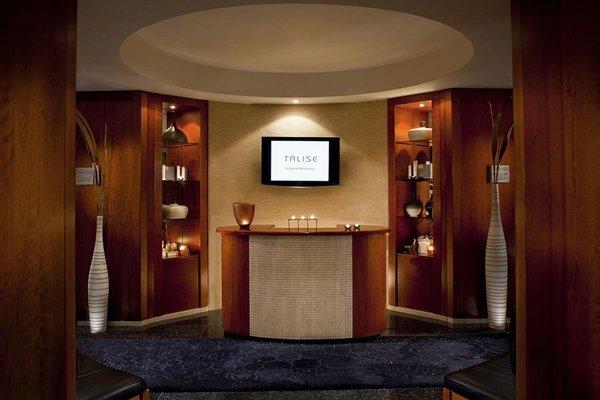 Jumeirah Emirates Towers - фото 13