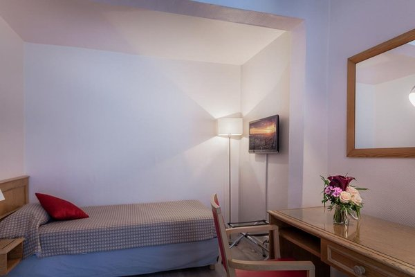 Hotel Le Compostelle - 3