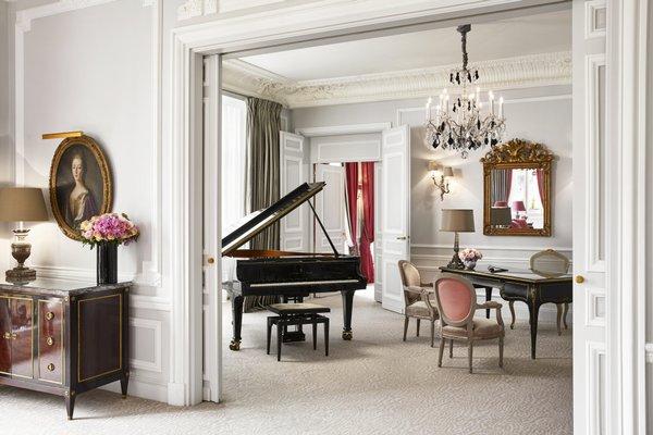 Hotel Plaza Athenee Paris - фото 9