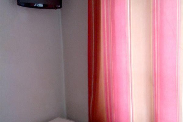 Hotel Bearnais - 14
