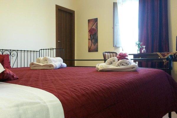 Этот семейный отель типа «постель и завтрак» - фото 50