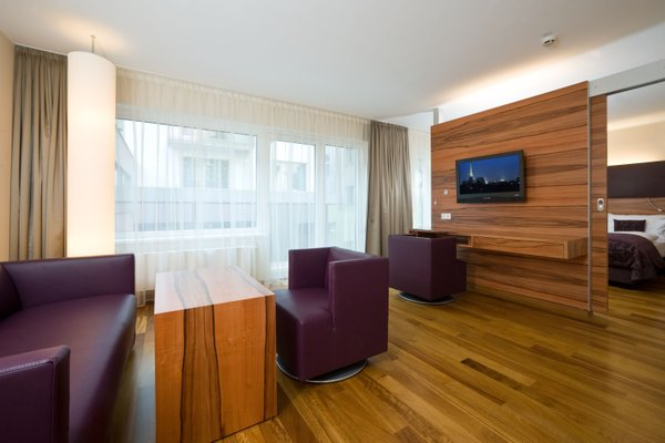 Pakat Suites Hotel - фото 5