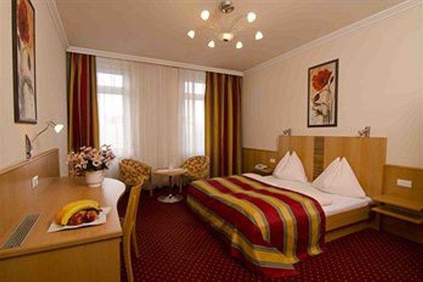 Hotel Cryston - 3