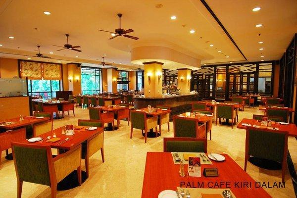 Le Grandeur Hotel Balikpapan - 9