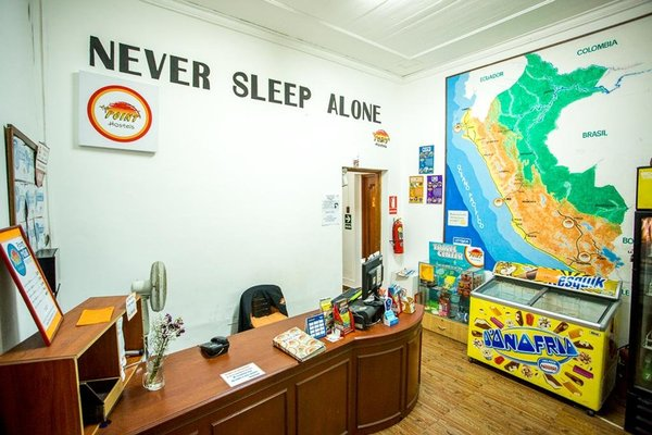 The Point Hostels Lima - 11