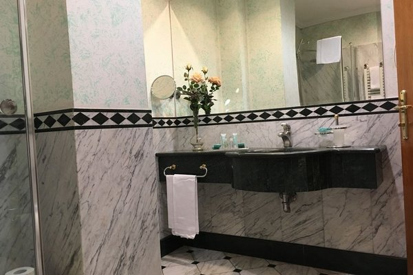 Andreola Central Hotel - фото 5