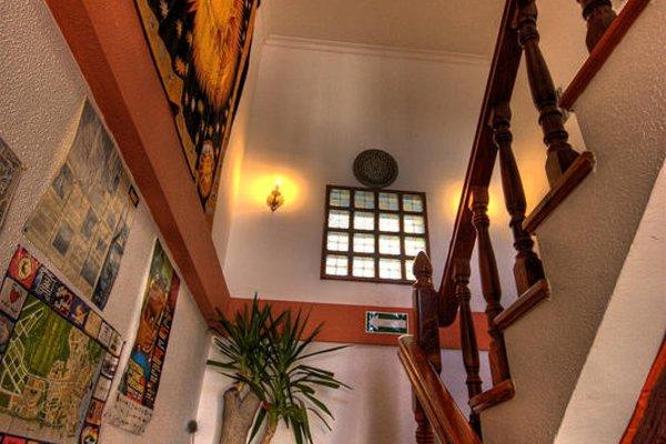 The Melting Pot Hostel Tarifa - фото 12