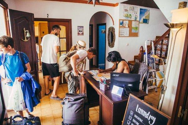 The Melting Pot Hostel Tarifa - фото 4