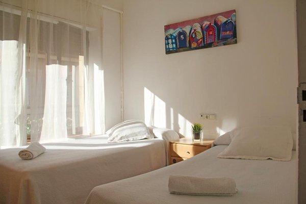 Roomin Hostel - 5