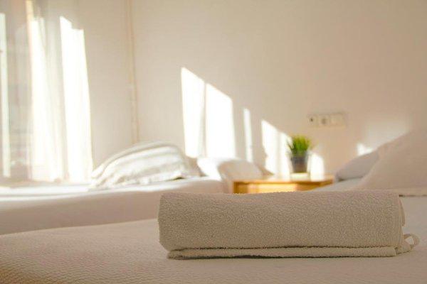 Roomin Hostel - 6