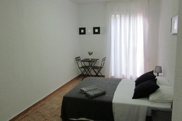 Barcelona Rooms Rent - 10