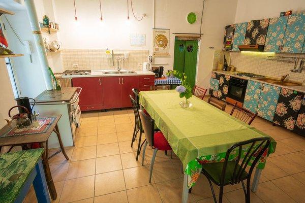 Shkodra Backpackers Hostel - Mi Casa es Tu Casa - фото 20