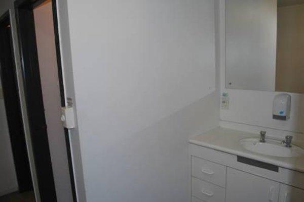 Loft 109 Backpackers Hostel - 6
