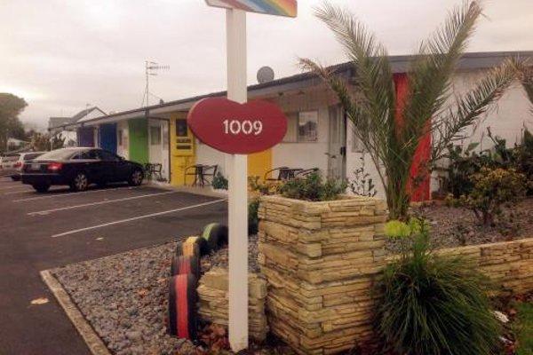 Rainbow Motel - фото 22