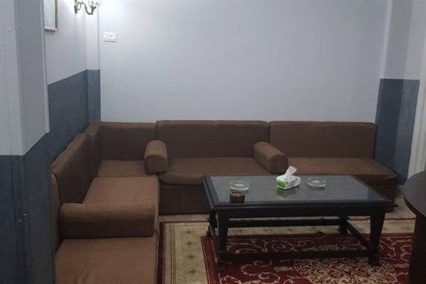 Blue Bird Hostel Cairo - 9