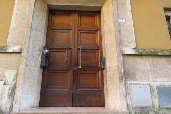 Santa Croce Apartment - 11