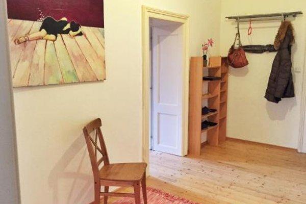 Book-A-Room City Apartment - фото 7