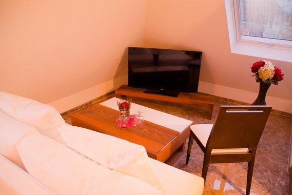 Alpha & Omega Hotel - фото 11