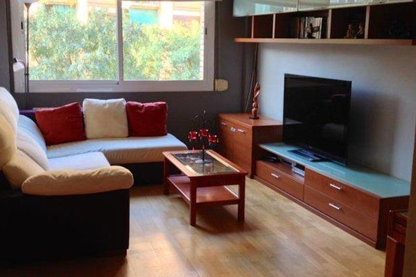 Suites Barcelona Park Guell - 4