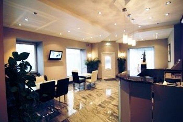 Hotel Pension De Lux - фото 15