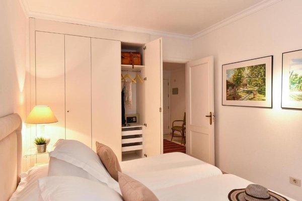 Las Canteras Seafront Apartment - 12