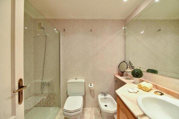 Las Canteras Seafront Apartment - 13