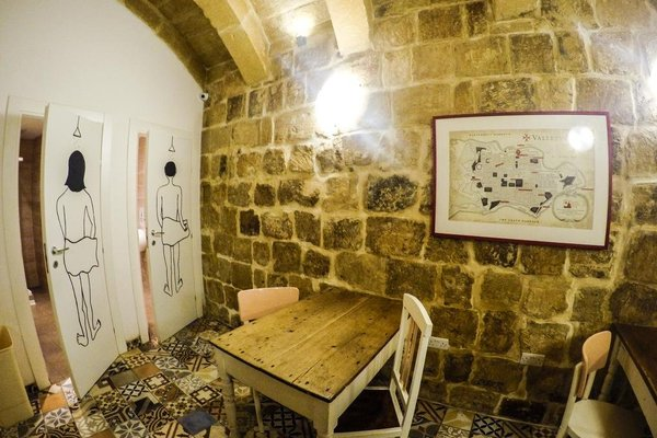 Valletta Boutique Living-Hostel Accommodations - 16