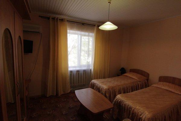 Отель Шмидта 11 - 12
