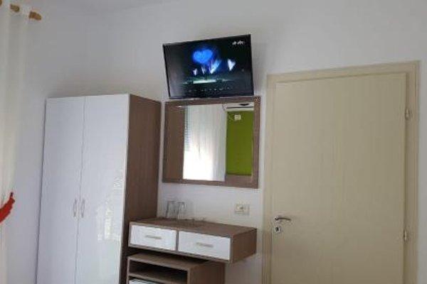 Brian Hotel - фото 3
