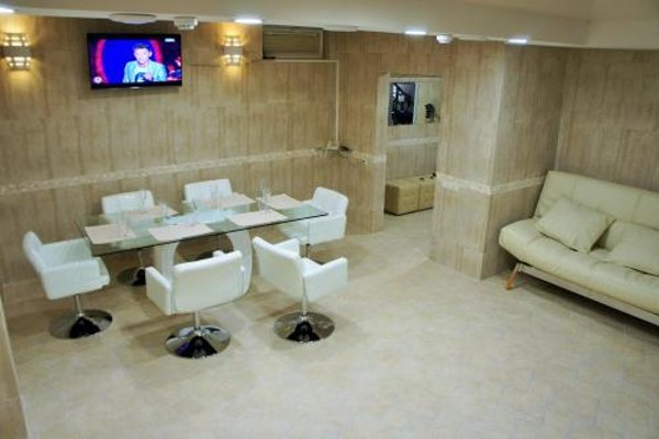 B&B Hotel - фото 17