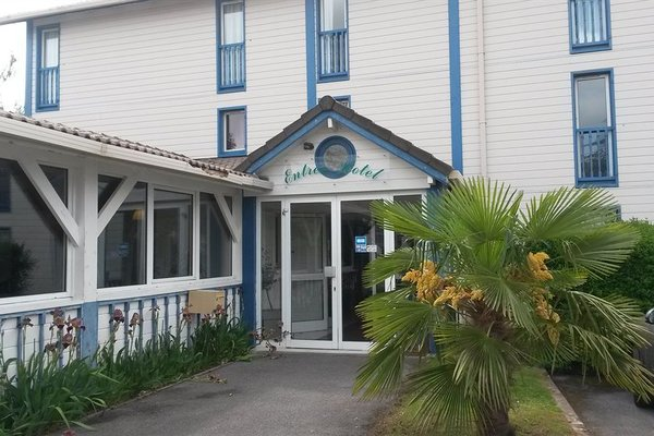 Budget Hotel - Melun Sud Dammarie Les Lys - фото 22