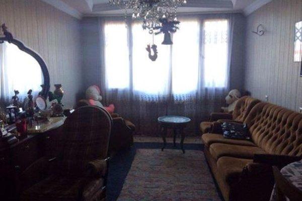 Apartments Lukacho na Akhmetelis Street - фото 11