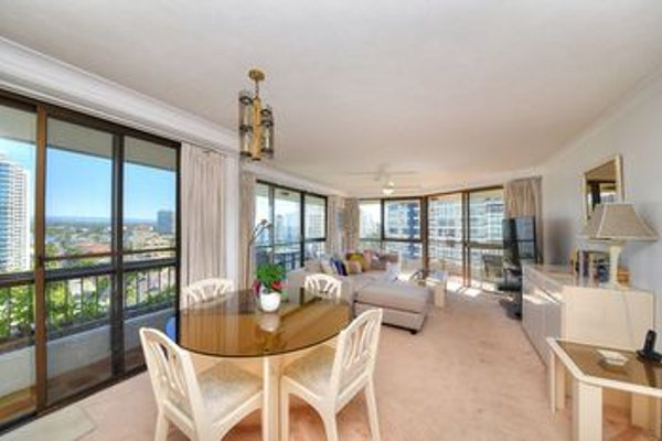 Bougainvillea Luxury Apartments - фото 15
