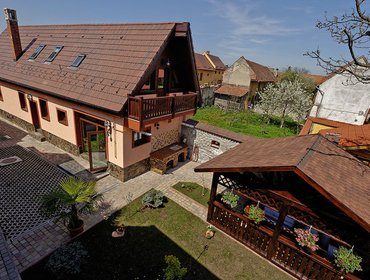 Апартаменты Ambient Villa 5 Star 6 Bedroom Rental