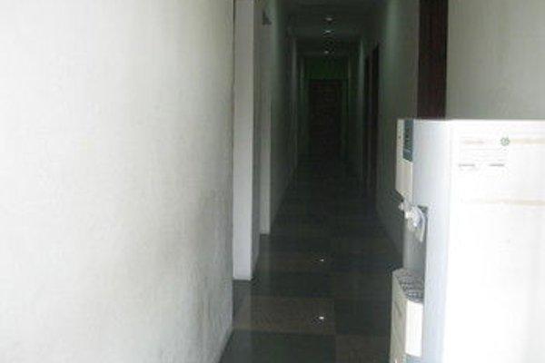 1 Baron Motel - 15
