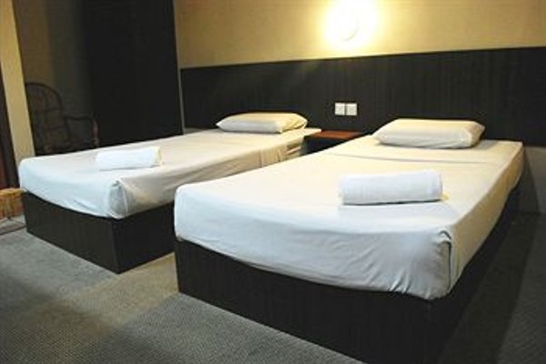 1 Baron Motel - 3