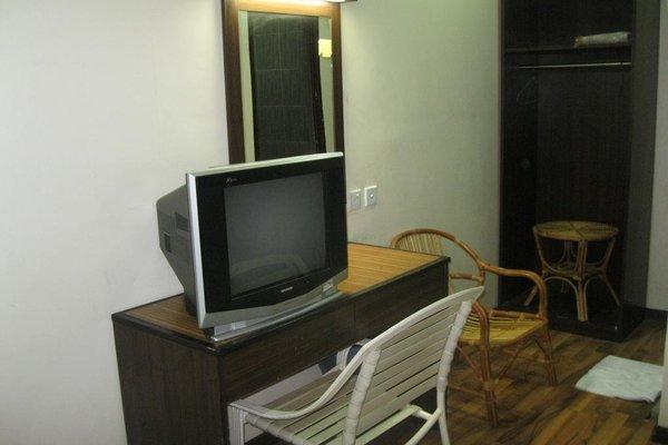 1 Baron Motel - 6