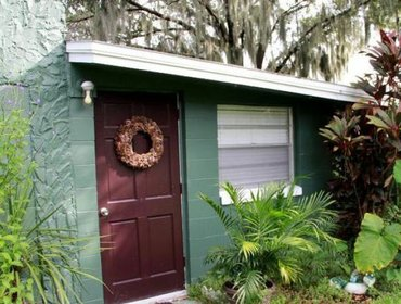 Апартаменты Lakefront Cottage-Downtown Orlando