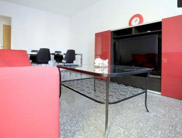 Апартаменты Charming 3 Bedroom Apartment in Sant Pere with Balcony