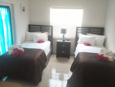 อพาร์ทเมนท์ Cable Beach Condo # 1 in Nassau with Aircon, Parking, Pool and Balcony