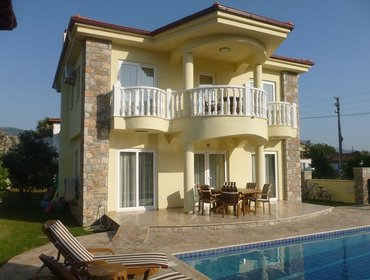 Apartments 4 Bedroom House in Dalyan