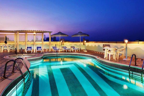 Avenue Hotel Dubai - фото 21