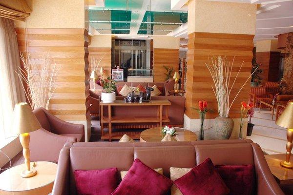Avenue Hotel Dubai - фото 3