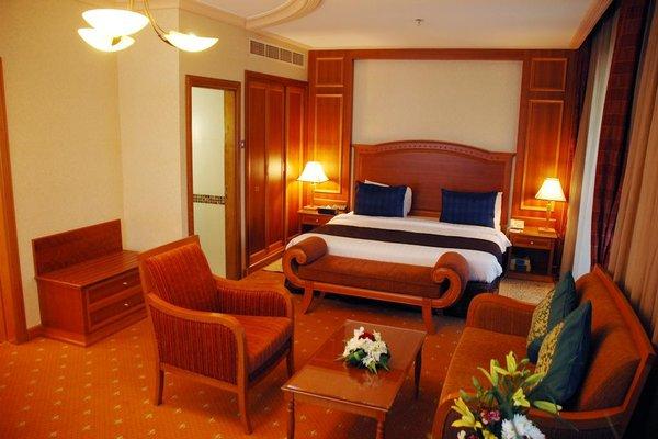 Avenue Hotel Dubai - фото 4