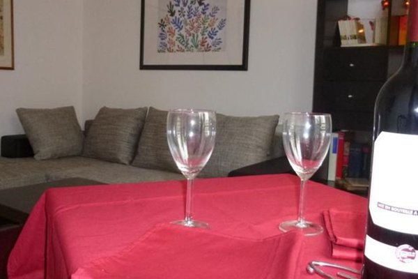 One Bedroom Apartment Montmartre - фото 13