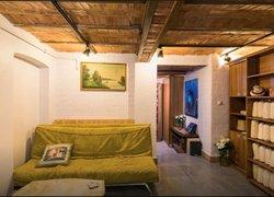 Kaboom Showroom & Guesthouse фото 2