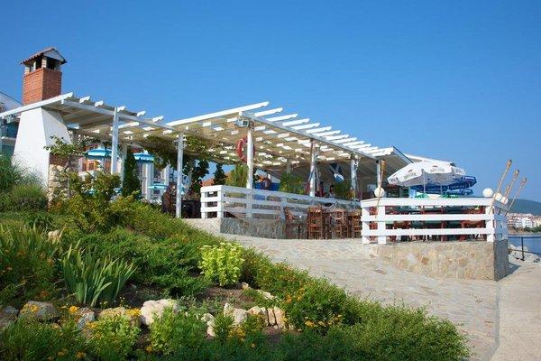 Nushev Hotel - фото 21